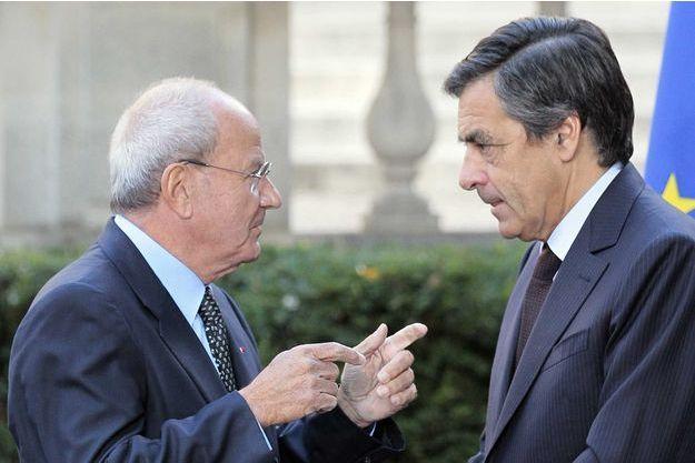 Marc Ladreit de Lacharrière et François Fillon en 2010.