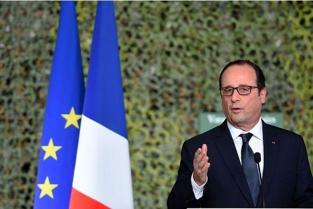 François Hollande lors des voeux à l'armée le 14 janvier 2014.