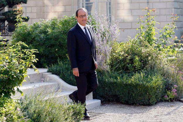 François Hollande dans les jardins de l'Elysée en septembre 2014.
