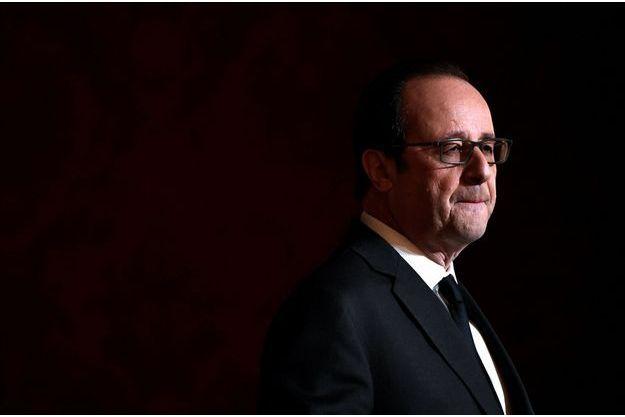 François Hollande le 1er décembre. Le président annonce qu'il ne se représentera pas.