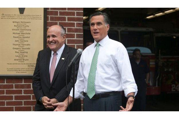 Rudolph Giuliani croit en les chances de Mitt Romney. Photo prise le 1er mai dernier.