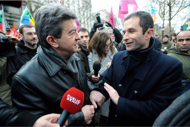 Lors d'une manifestation de défense des services publics, en 2010 à Paris. Depuis ils semblent veiller à ne plus être pris en photo ensemble.