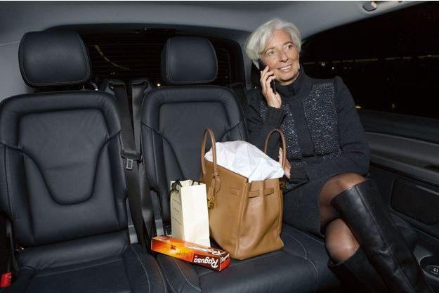 Christine Lagarde pose pour Paris Match.
