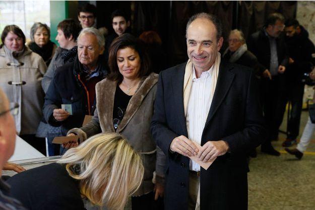 Jean-François Copé votant dimanche à Meaux.