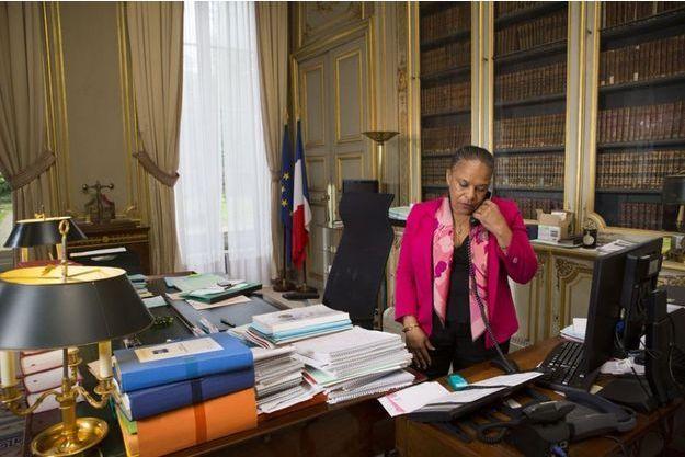 Christiane Taubira dans son bureau du ministère de la Justice.