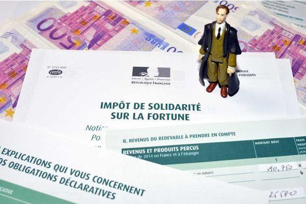 Photo illustration sur les impôts de solidarité sur la fortune