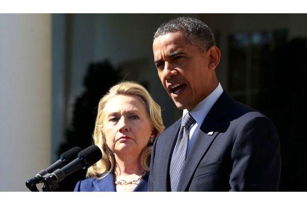 Barack Obama et Hillary Clinton se sont exprimés à propos de la mort de Christopher Stevens mercredi à la Maison Blanche.