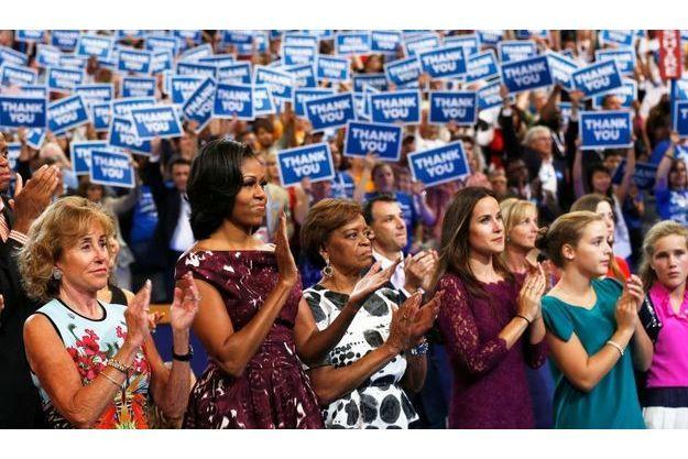 Michelle Obama bien entourée.