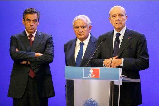 Le triumvirat à la tête de l'UMP, François Fillon, Jean-Pierre Raffarin et Alain Juppé, le 8 juillet dernier.