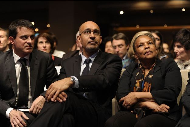 Christiane Taubira, Manuel Valls et Harlem Désir lors du meeting à la Mutualité