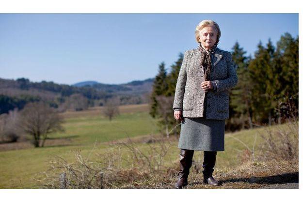 Le 5mars, à 14 h 30, sur la route de son fief  de Sarran, entre un porte-à-porte et une réunion électorale… Bernadette Chirac est une imperturbable politique qui mène sa sixième campagne des cantonales.
