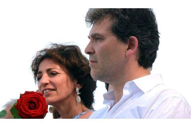 Le dimanche 19 août, à Frangy-en-Bresse,en Bourgogne,  lors de la traditionnelle Fête de la rose des socialistes, initiée en 1973 par Pierre Joxe.