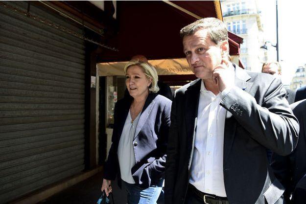 Marine Le Pen et son compagnon, Louis Aliot, le 9 mai, deux jours après sa défaite à l'élection présidentielle.