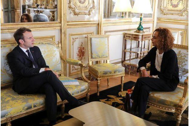 Emmanuel Macron et Leila Slimani, lundi à l'Elysée.