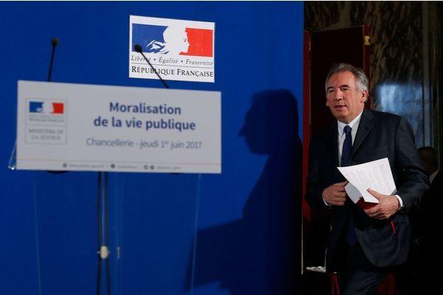 Le ministre de la justice François Bayrou a présenté jeudi son projet de loi sur la moralisation de la vie publique.