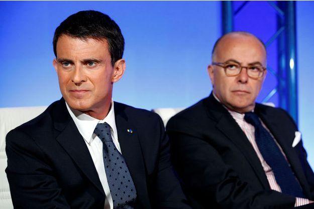Manuel Valls et Bernard Cazeneuve ont répondu à Nicolas Sarkozy dans un communiqué.