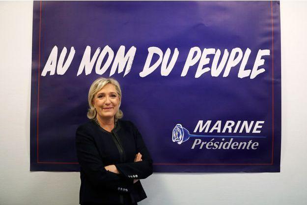 Marine Le Pen à son nouveau QG à Paris, le 16 novembre 2016.