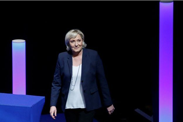 """Marine Le Pen, ici au Congrès du FN à Lille, juge """"illégitime"""" qu'Edwy Plenel interroge Emmanuel Macron"""