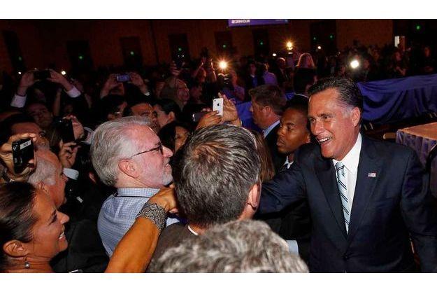 Mitt Romney à la Chambre de commerce hispanique de Los Angeles.