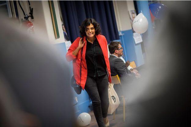 Myriam El Khomri en campagne dans le XVIIIème arrondissement de Paris, le 1er juin.