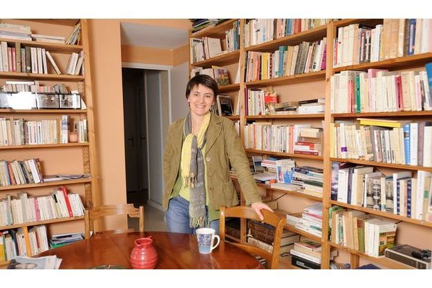 Nathalie Arthaud au côté d'Arlette Laguiller (à g.).