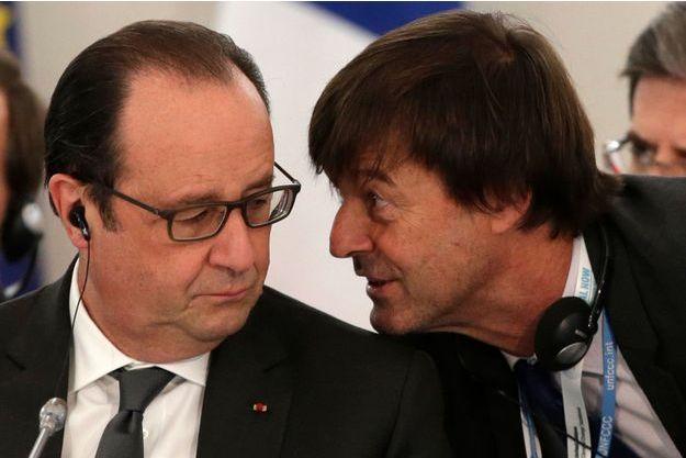François Hollande et Nicolas Hulot, le 1er décembre 2015, au Bourget, lors de la Cop21.