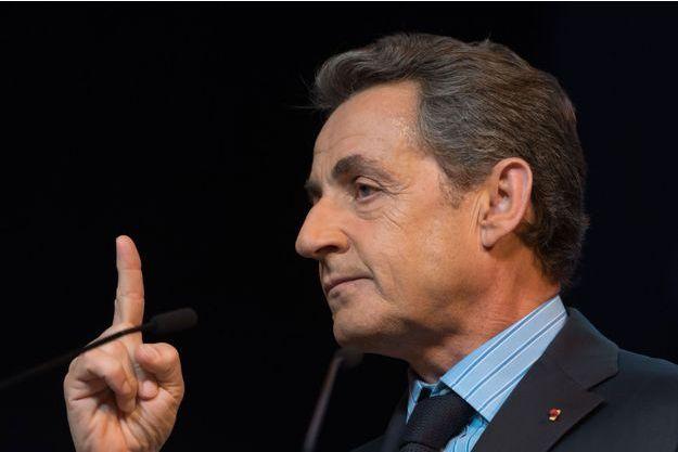 Nicolas Sarkozy lors d'un meeting à Puteaux, le 10 juin.