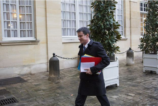Manuel Valls à Matignon, le 1er mars.