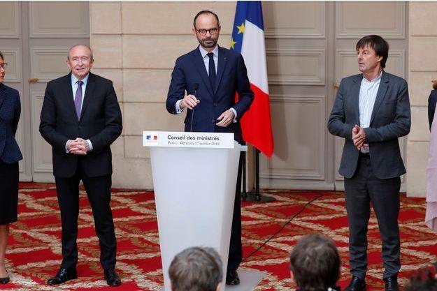 Edouard Philippe, mercredi à l'Elysée, aux côtés de Gérard Collomb et Nicolas Hulot.