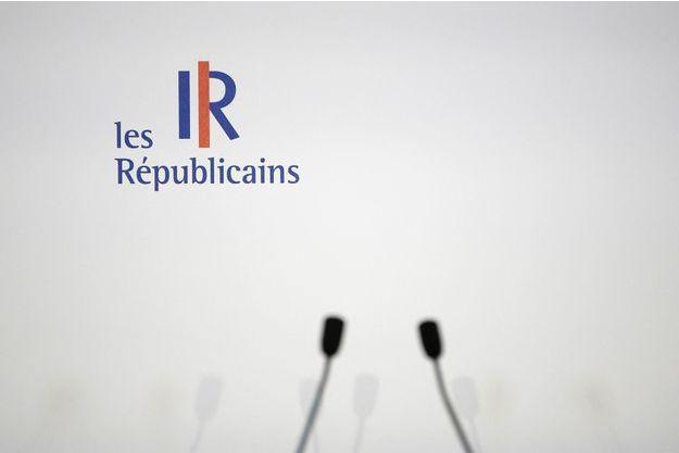 """Pour Les Républicains, l'interview de Macron était un combat de """"catch"""", sans annonces concrètes"""
