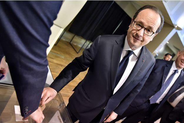 Le président de la République François Hollande a voté à Tulle.