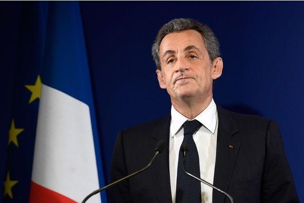 Nicolas Sarkozy lors de son discours de défaite, dimanche 20 novembre à Paris.