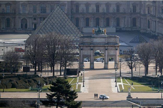 En cas de victoire, Macron la fêtera sur l'esplanade du Louvre