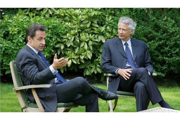 Le 24 avril 2007, le futur président déjeune à Matignon. C'est l'un  des derniers clichés où on les voit ensemble.
