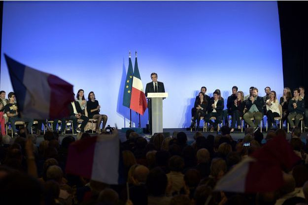 François Fillon en meeting à Biarritz, vendredi soir.