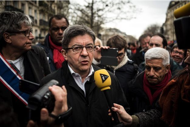 Jean-Luc Mélenchon lors de la manifestation contre la loi Travail le 9 avril.