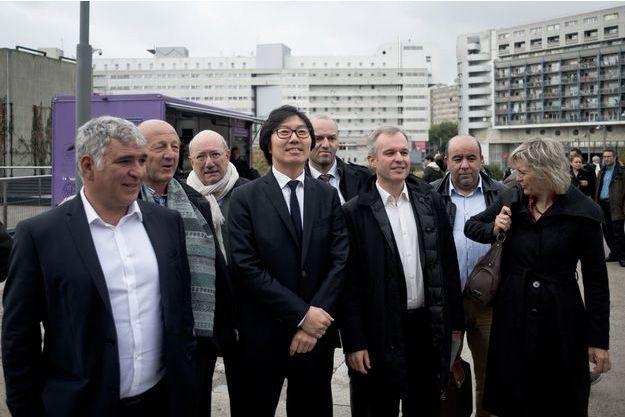 Jean-Vicent Placé et François de Rugy (au centre) et à leur droite, Jean-Luc Bennahmias