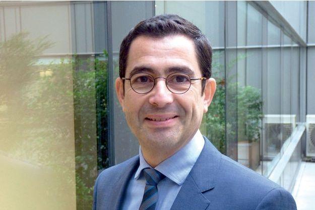 Le Pr  Gilles Kemoun, professeur de médecine physique et de réadaptation, praticien hospitalier, chercheur au laboratoire Move de l'université de Poitiers