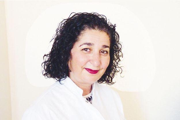 Le Pr Nadia Benkirane-Jessel, directrice de recherche à l'Inserm et de l'unité de nanomédecine régénérative ostéoarticulaire et dentaire à l'université de Strasbourg