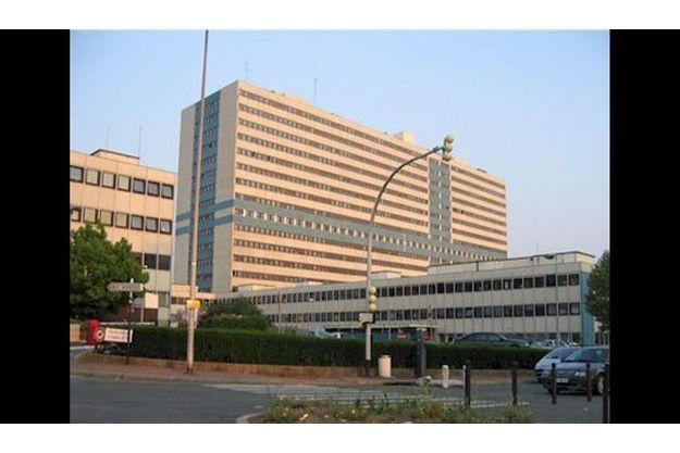 L'hôpital Henry-Mondor, à Créteil, où ont été coordonnées les recherches.