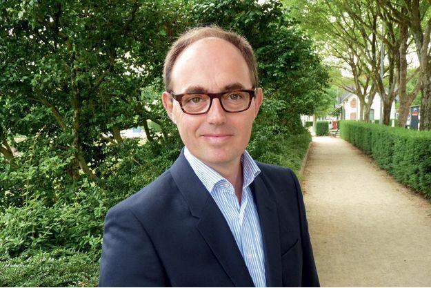 Le DR Manuel Delhaye* expose les avantages de la dernière technique d'arthrodèse.