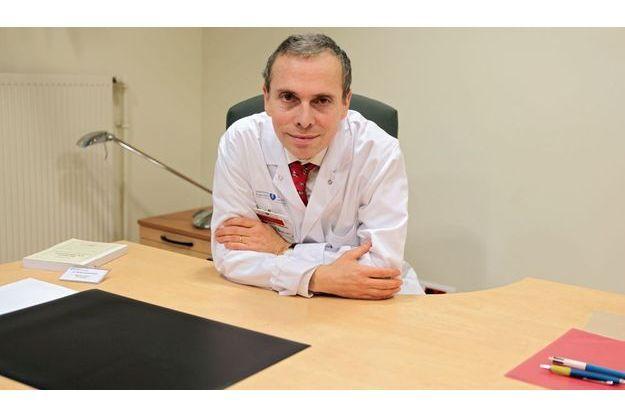 Pr Michel Lejoyeux: « Un médicament ne peut à lui seul traiter un trouble comportemental. »