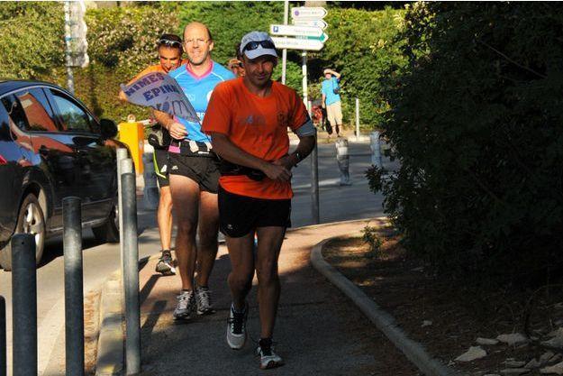 David Cholez, le 30 juillet, premier jour de sa course de Nîmes à Epinal.