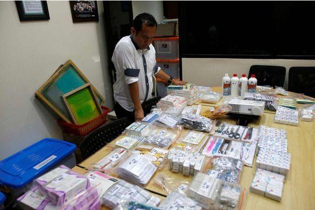 L'Agence nationale de contrôle des médicaments et des aliments a confisqué des vaccins dans près de 30 cliniques du pays.