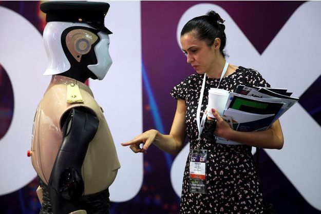 Le robot policier de Dubaï.