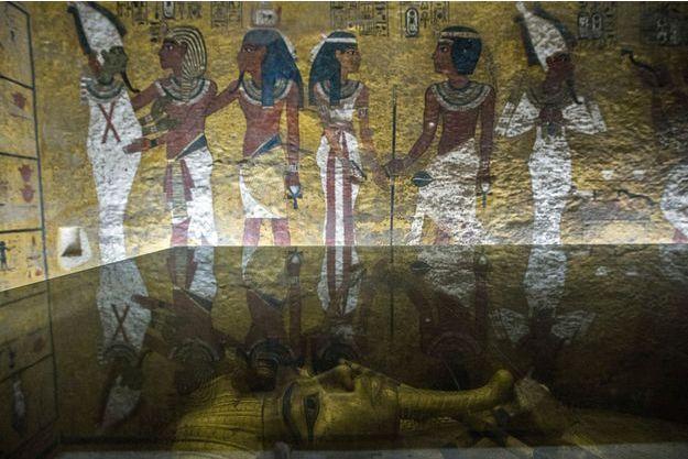 Le tombeau du roi Toutankhamon dans sa chambre à la Vallée des Rois.