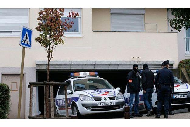 Du matériel suspect a été retrouvé dans un box à Torcy.