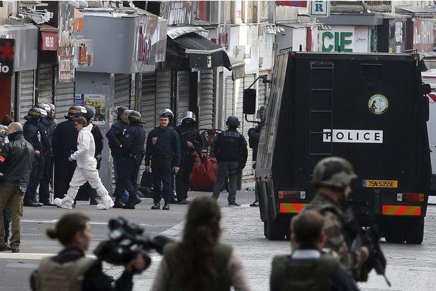 Plusieurs voisins ont été blessés dans l'assaut mené à Saint-Denis, dans l'immeuble où étaient retranchés deux terroristes.