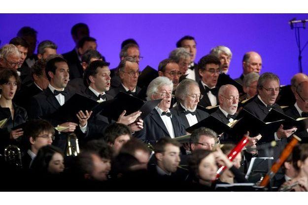 Le choeur d'Air France a interprété un air du Requiem de Verdi.