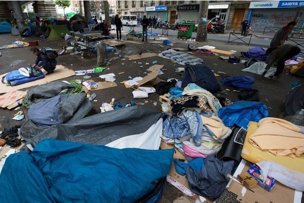 Un nouveau camp évacué au nord de Paris.